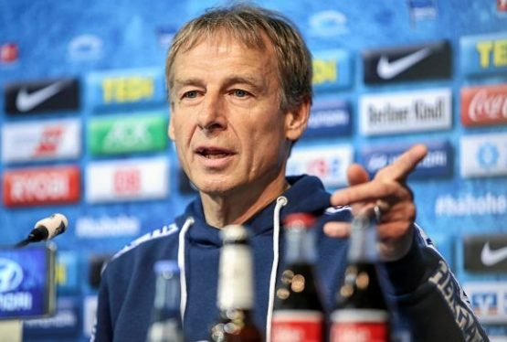 """Former Tottenham Hotspur striker Jurgen Klinsmann says he has called chairman Daniel Levy about the vacant manager's job and would """"absolutely"""" take it. Spurs sacked Jose Mourinho on 19 April but have endured a chaotic search for a replacement. Talks with ex-Roma boss Paulo Fonseca ended on Thursday and Gennaro Gattuso is also out of […]"""